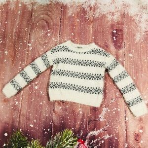 Lucky Brand Cropped Fuzzy White Sweater